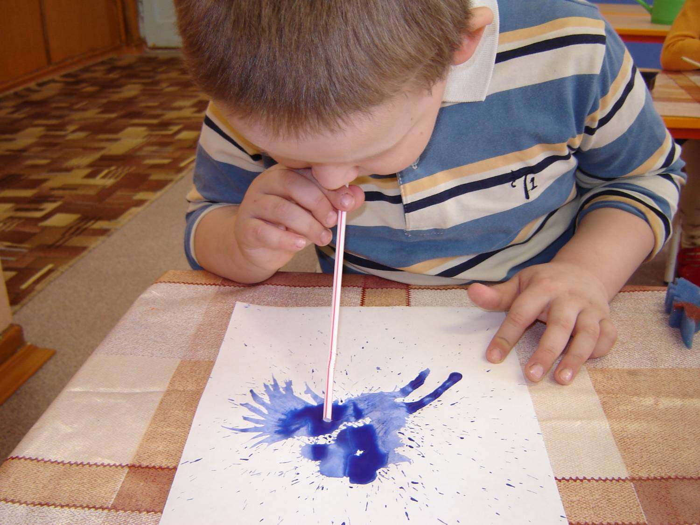 Фото рисунков детей 3-4 лет